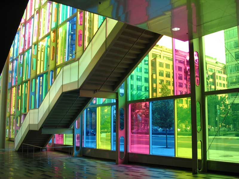 Colored glass panels volvoab for Coloured glass panels