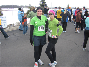 Kim and Erin at Frosty Footrace 5K